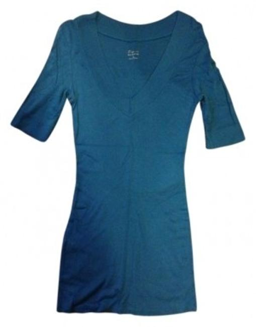 Preload https://item3.tradesy.com/images/express-blue-v-neck-tunic-size-8-m-9182-0-0.jpg?width=400&height=650