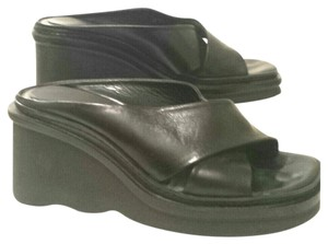 Kenneth Cole Black Leather Wedges