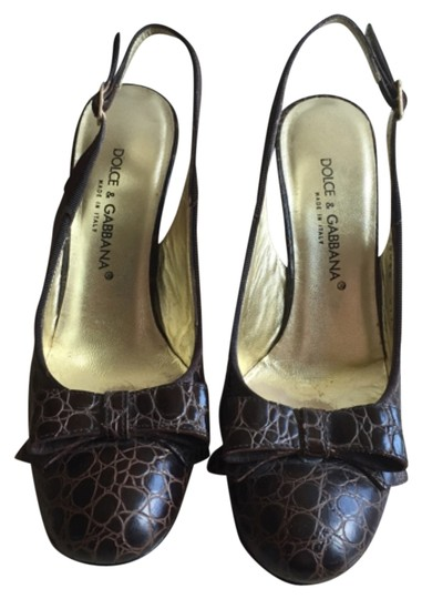 Preload https://img-static.tradesy.com/item/9189478/dolce-and-gabbana-pumps-size-us-6-regular-m-b-0-1-540-540.jpg