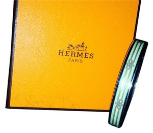Herms Hermes Cloisonne Bangle Metal/Cloisonne Green Bow Motif - HARD TO FIND