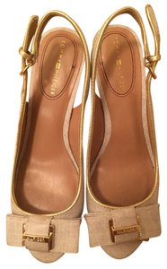 Tommy Hilfiger Casual Open Toe Wedge Logo Beige and Gold. Wedges