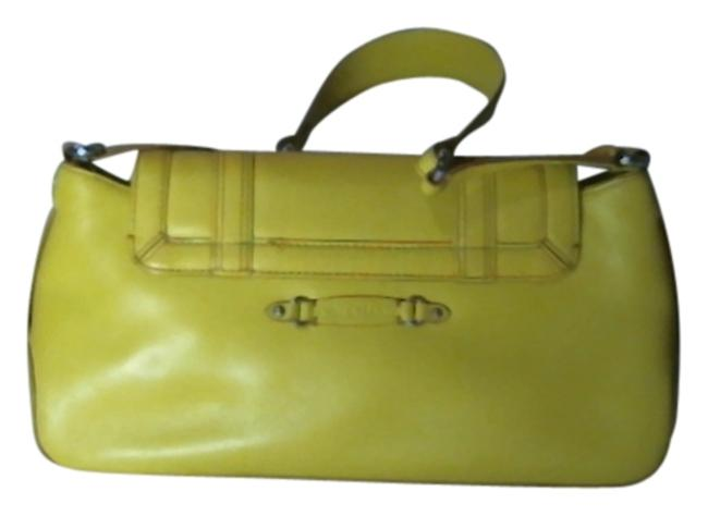 Item - Yellow Clutch