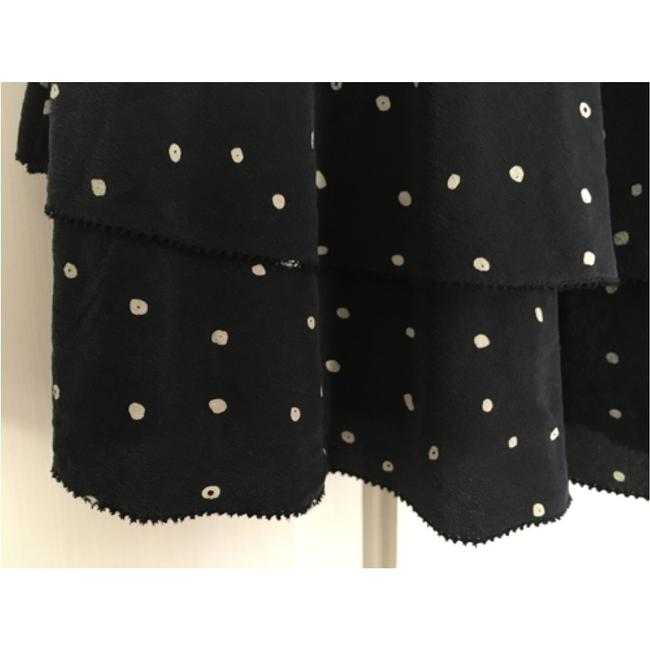 Aritzia Silk Fun Top Black. White dots