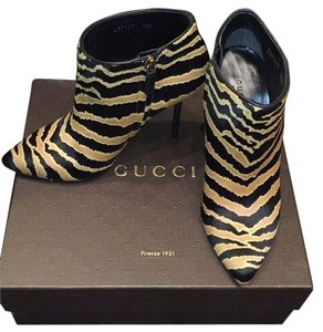 Gucci Black and mustard Boots