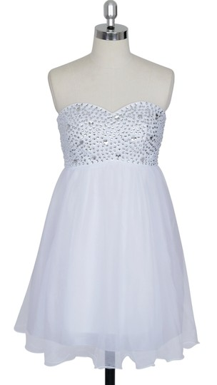 Preload https://img-static.tradesy.com/item/919728/white-chiffon-crystal-beads-bodice-sweetheart-short-retro-bridesmaidmob-dress-size-14-l-0-0-540-540.jpg