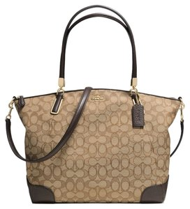 Coach New With Tags F36220 Shoulder Bag
