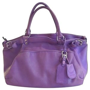 Vanessa Bruno Tote in purple
