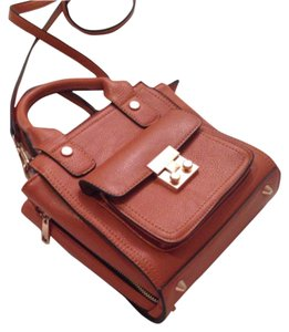 Miztique British Tan Boat 3.1 Cross Body Bag