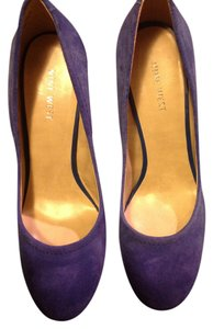 Nine West 8 Blue Suede Pumps