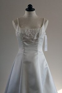Paloma Blanca Ivory Satin 3013 Traditional Dress Size 4 (S)