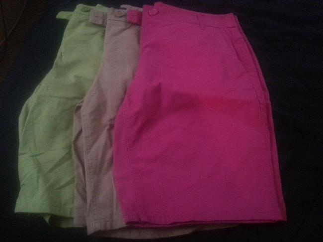 Item - Pink Brown Green Shorts Size 12 (L, 32, 33)