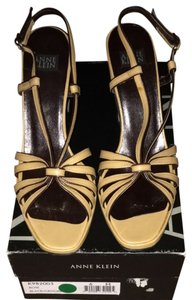 Anne Klein Tan And Brown Sandals