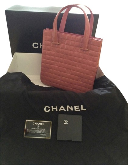 Preload https://item2.tradesy.com/images/chanel-patent-leather-pink-tote-920401-0-0.jpg?width=440&height=440