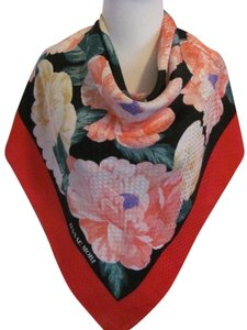 Hanae Mori Hanae Mori // Beautiful Red Floral Soft Silk Scarf - 35