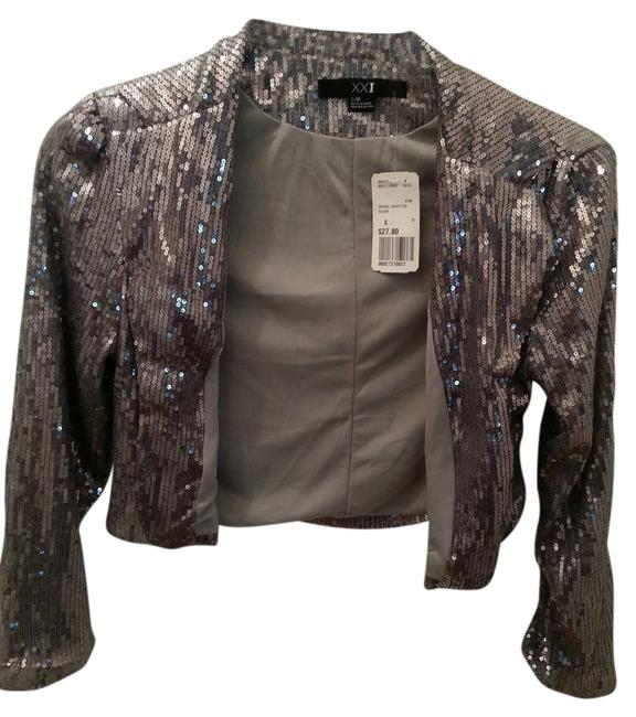 Item - Costume Cropped Sequin Silver Top