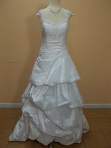 DaVinci Bridal Dv-8212 Wedding Dress
