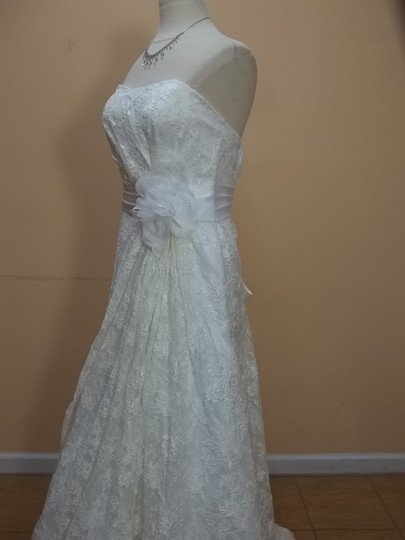 DaVinci Bridal Ivory Lace 50157 Formal Wedding Dress Size 16 (XL, Plus 0x)