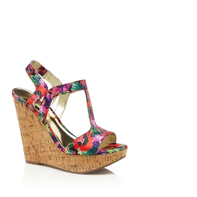 Carlos by Carlos Santana Red Multi Wedges Size US 9.5 Regular (M, B) Carlos by Carlos Santana Red Multi Wedges Size US 9.5 Regular (M, B) Image 1
