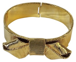 Kate Spade Classic GEm in NWT Condition! Kate Spade All Wrapped Up Hinged Bracelet! Glorious Design of Iconic KS Bow!