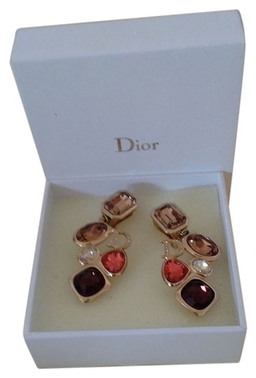 Preload https://img-static.tradesy.com/item/921155/dior-gold-with-colored-rhinestones-clip-on-earrings-0-0-540-540.jpg