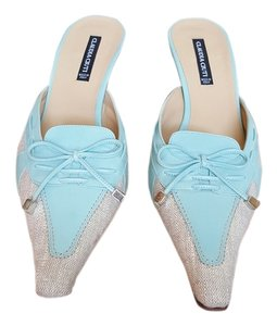 Claudia Ciuti Linen and light blue Mules