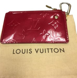 Louis Vuitton Louis Vuitton Pochette Cles Red Vernis Leather Coin Case