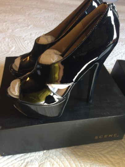 Scene Patent Black Pumps
