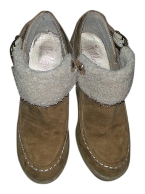 Item - Brown Boots/Booties Size US 6