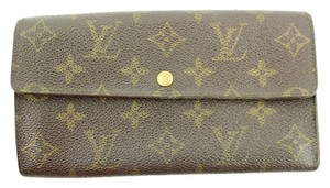Louis Vuitton Louis Vuitton Monogram Sarah Wallet LVWLM12