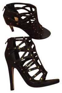 Dolce Vita Black with gold Studs Platforms