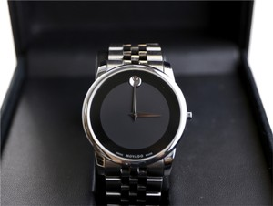 Movado Movado Museum Stainless Steel Black Museum Dial Bracelet Mens Watch