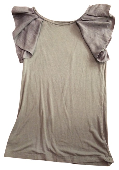 Preload https://item2.tradesy.com/images/ann-taylor-loft-gray-flutter-blouse-size-0-xs-922141-0-0.jpg?width=400&height=650