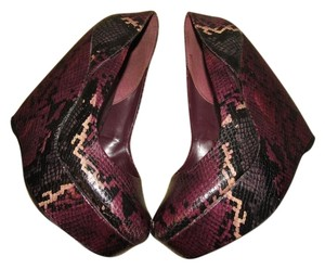 ALDO Snakeskin Purple/Plum Wedges