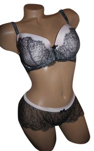Victoria's Secret New Victoria's Secret Lined Demi size 36D/L