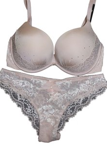 Victoria's Secret New Victoria's Secret push up size 34D/Small