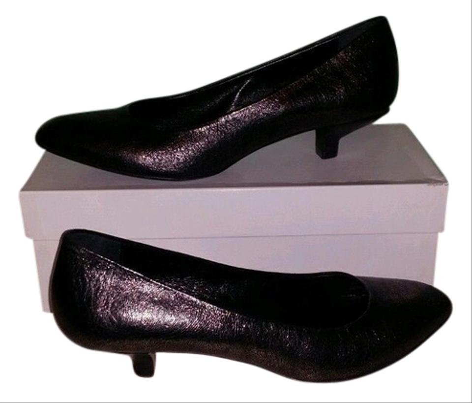 02133128e7a Kenneth Cole Pewter Leather Kitten Heels Reg Pumps. Size  US 8 Regular ...