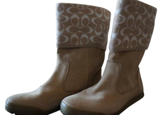 Preload https://item1.tradesy.com/images/coach-tan-bootsbooties-size-us-9-923450-0-0.jpg?width=440&height=440