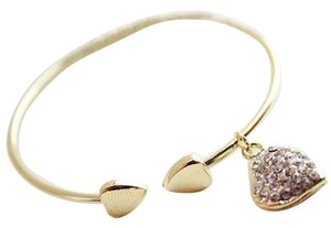 New 14K Gold Filled Heart Charm Bangle Bracelet J1567