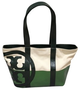 f419684285ab Green Tory Burch Bags - Up to 90% off at Tradesy
