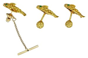Tiffany & Co. Tiffany & Co. Schlumberger 18k Gold Fish Emerald Cufflinks & Matching Tie Tack