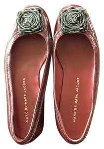 Marc by Marc Jacobs Red Patent Leather Zipper Flowers Burgundy Flats