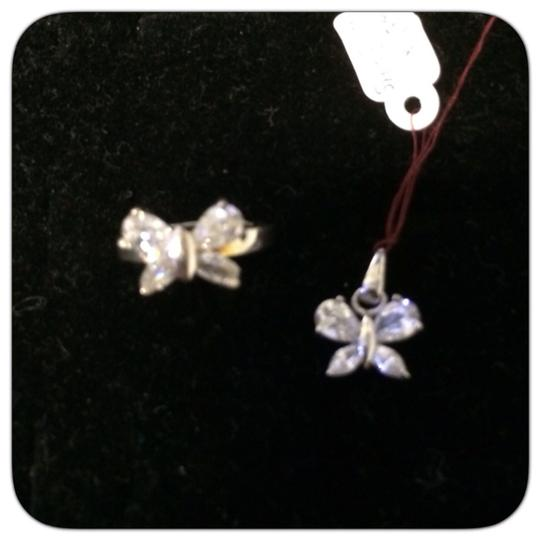Preload https://item1.tradesy.com/images/silver-ring-and-pendant-set-925100-0-0.jpg?width=440&height=440