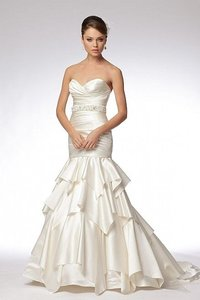 Watters & Watters Bridal Ivory Satin Zhanna Modern Wedding Dress Size 8 (M)