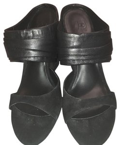 JOE'S Wedge Leather Night Out Black Wedges