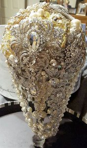 Wedding Brooch And Crystal Bouquet