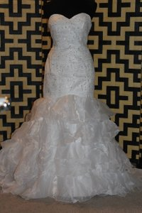 1003 Wedding Dress