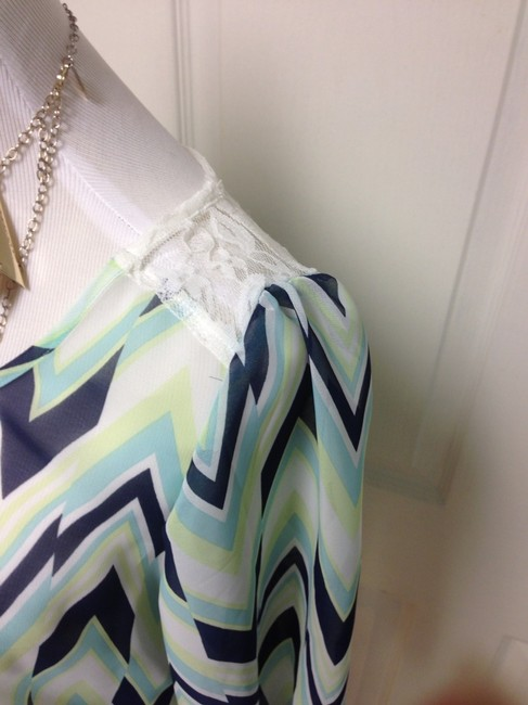 BCX Top Blue Chevron Print