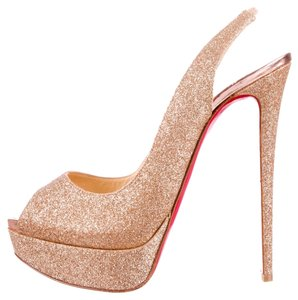 Christian Louboutin Glitter Embellished Textured Leather Peep Toe Lady Peep Sling New Stiletto Slingback Platform Hidden Platform 40.5 Gold Pumps