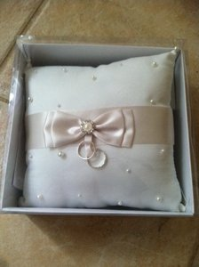 Lillian Rose White/Ivory Perfect Condition Ring Bearer Pillow
