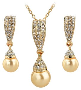 Other PEARL DROP NECKLACE SETS